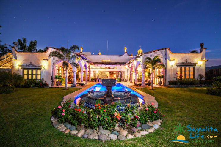 Hacienda Antigua 7BR Vacation Rental in Sayulita Mexico