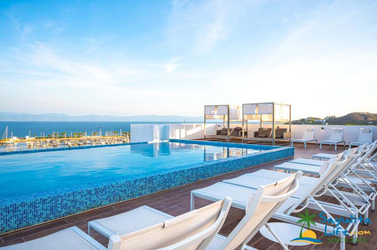 Formi: La Cruz Vacation Condo / Perfect For Remote Work Vacation Rental in Sayulita Mexico