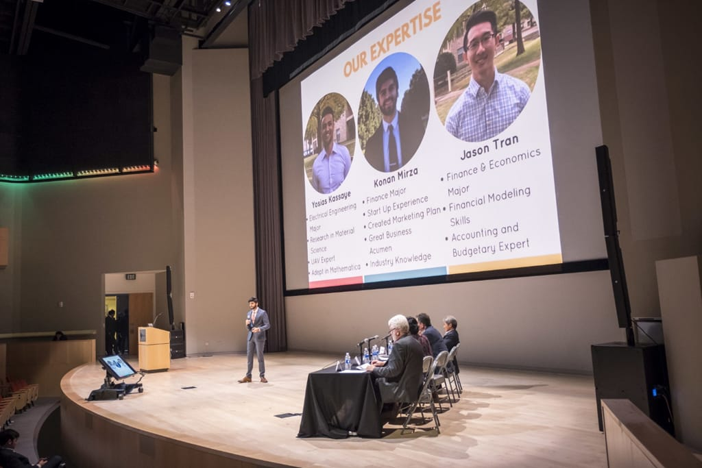 Students Pitching At the UT Dallas Big Idea Competition