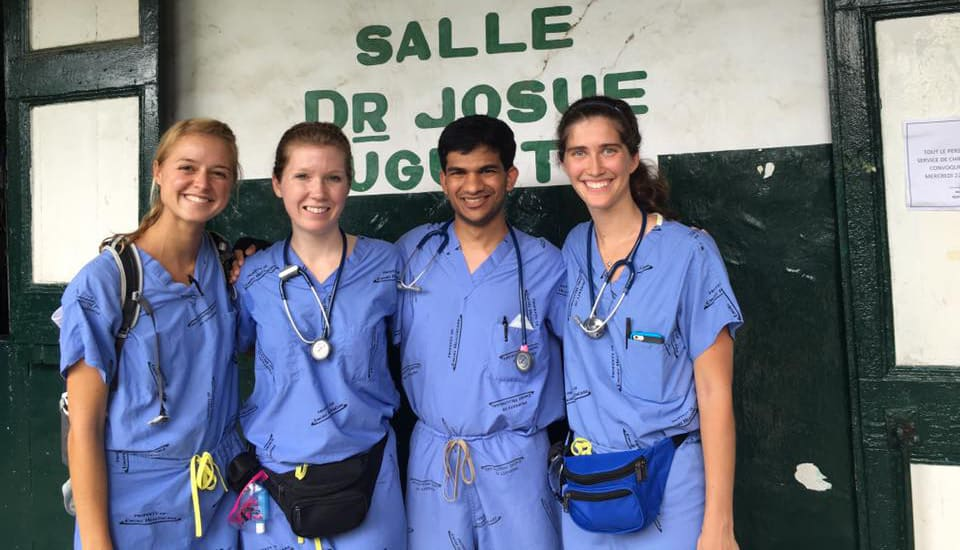 Emory School of Medicine students in Haiti