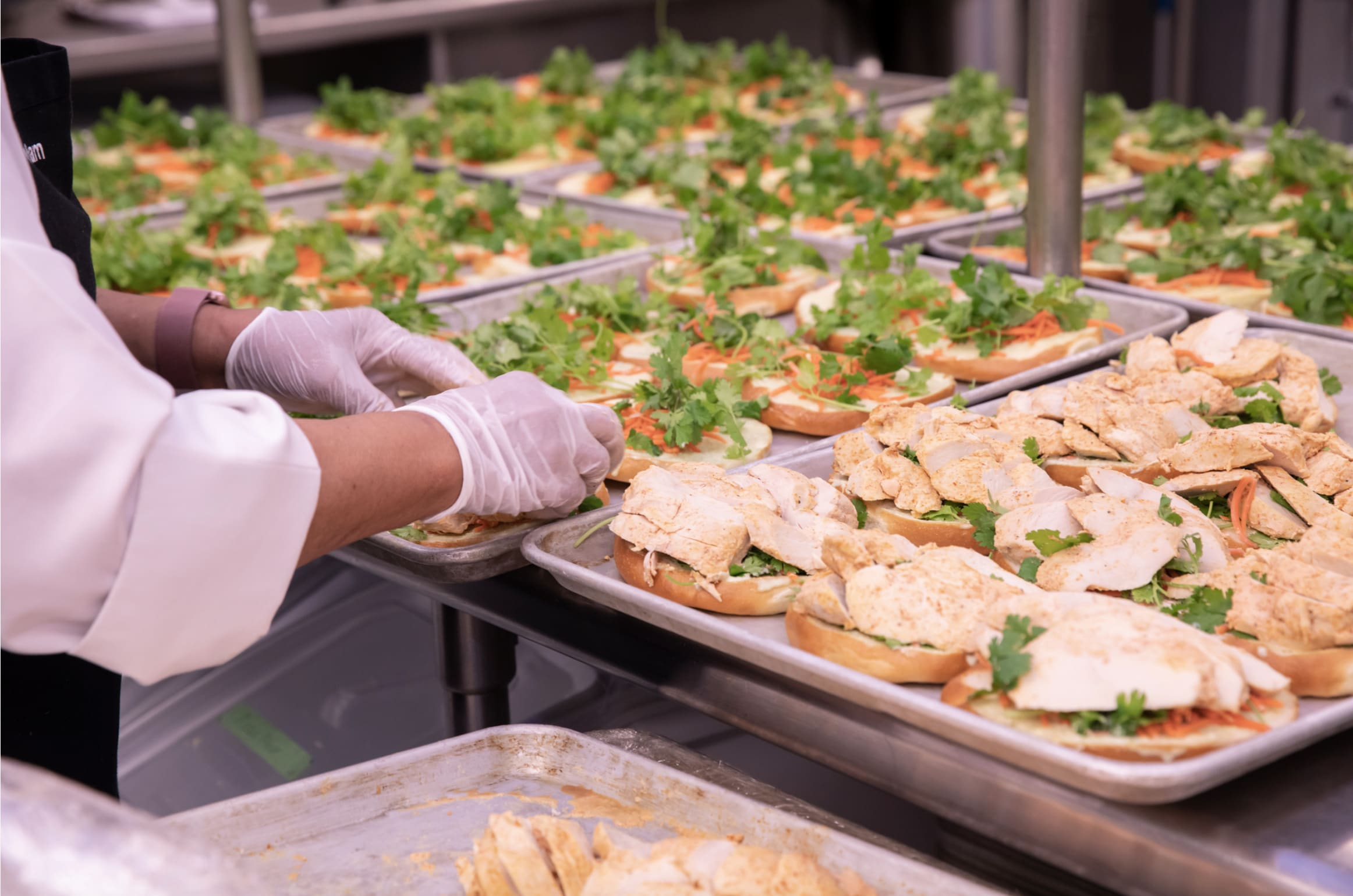 UCLA Dining prepares meals for the Veterans