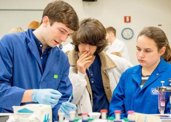 3 Olin Bio Lab Students
