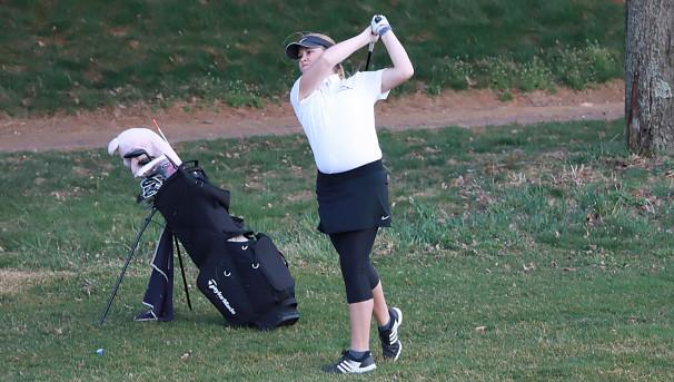Women's Golf Image