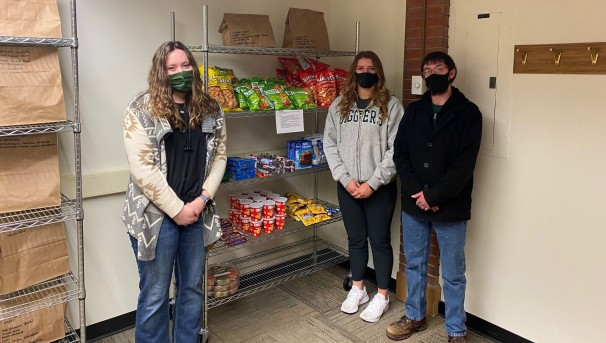 Montana Tech Students Helping Montana Tech Students