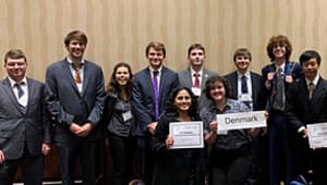 Help Auburn's Model United Nations Team Compete