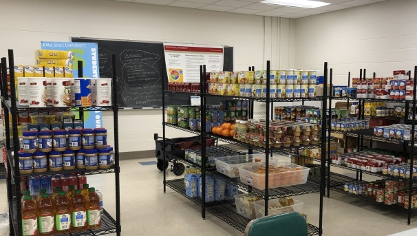 Image of SHOP food pantry