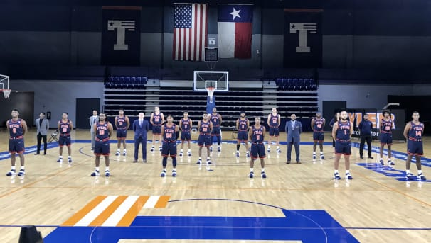 Men's Basketball Image
