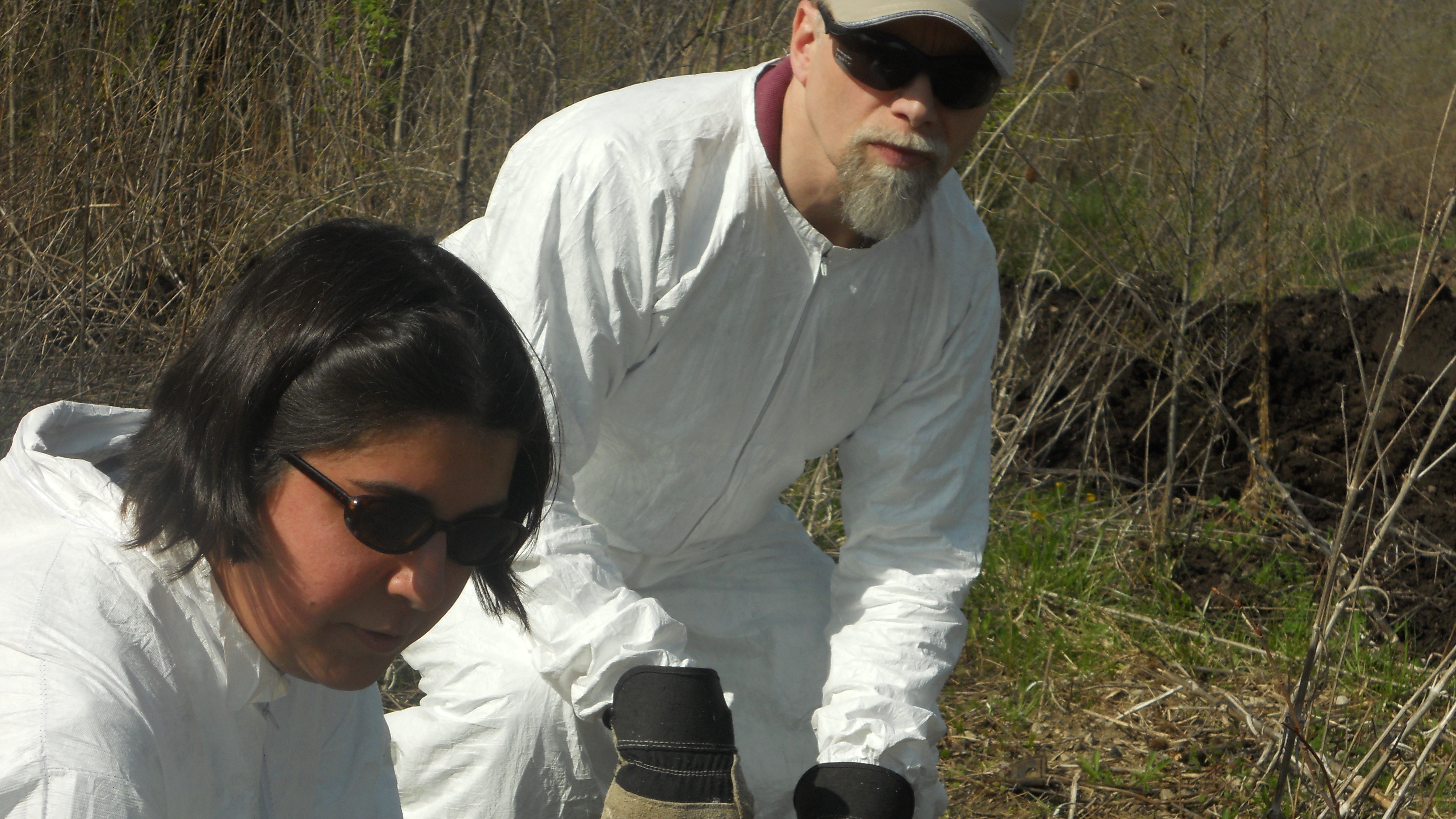 Dr. Pichtel working with a student