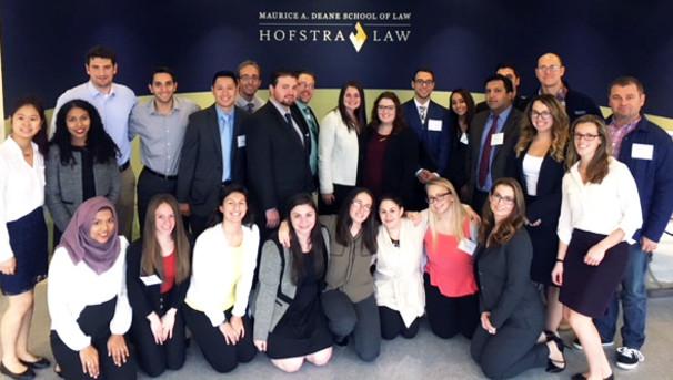 Help Hofstra Law Students Assist Veterans Image