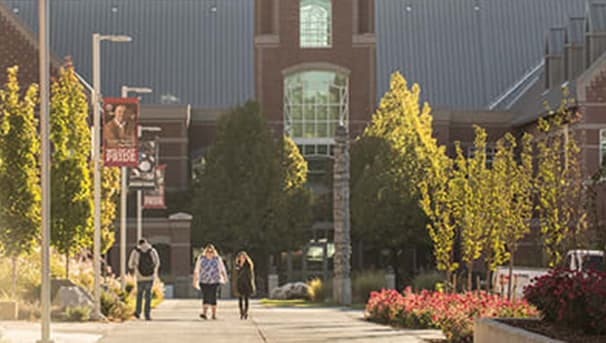 Students walking on the mall in front of CWU Black Hall