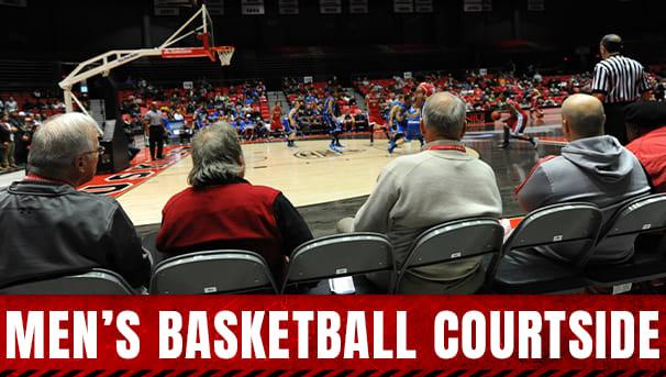 Men's Basketball Courtside Image