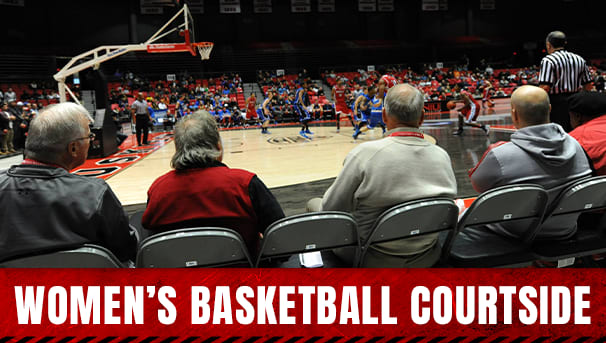 Women's Basketball Courtside Image
