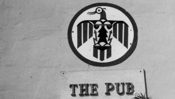 Thunderbird Alumni Fund for the Pub Image