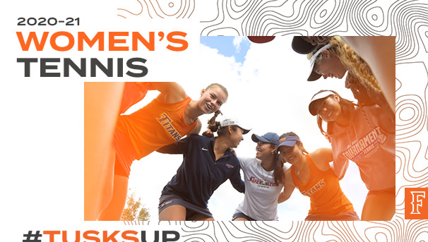 Titans Women's Tennis players huddling before match play.