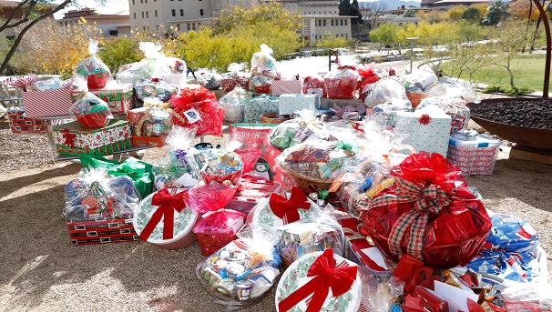 UTEP Food Pantry Holiday Basket Project Image