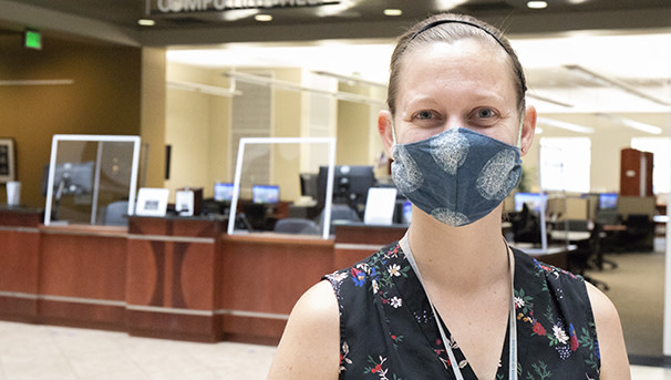 Student wearing mask at library