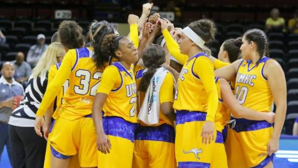 UMKC Women's Basketball Image