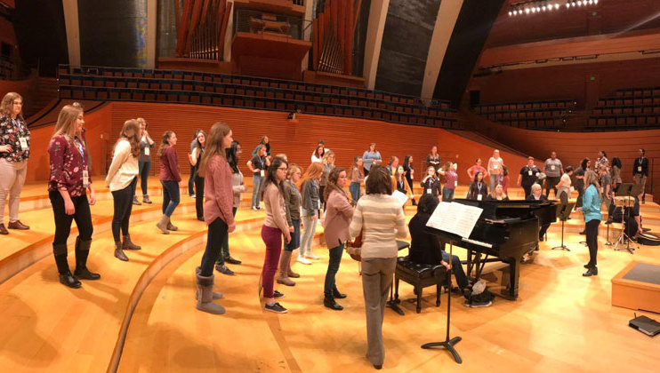 TWU Concert Choir in rehearsal on ACDA stage