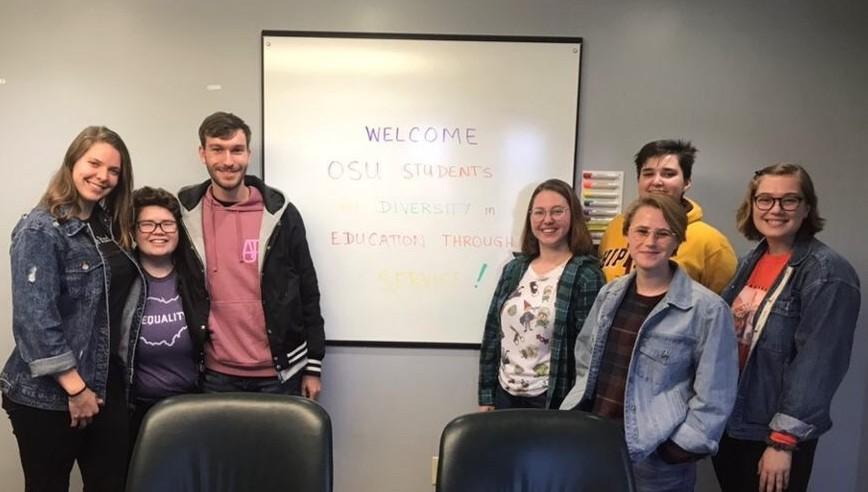 SDES Volunteers Welcomed at Star House