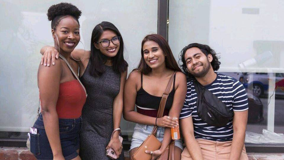 Students pose for a picture during the NYC domestic study trip
