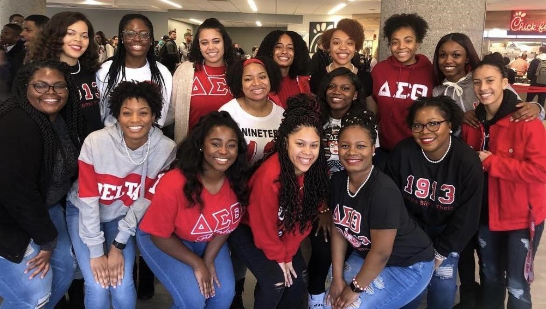Group photo of Delta Sigma Theta Sorority, Inc. members.