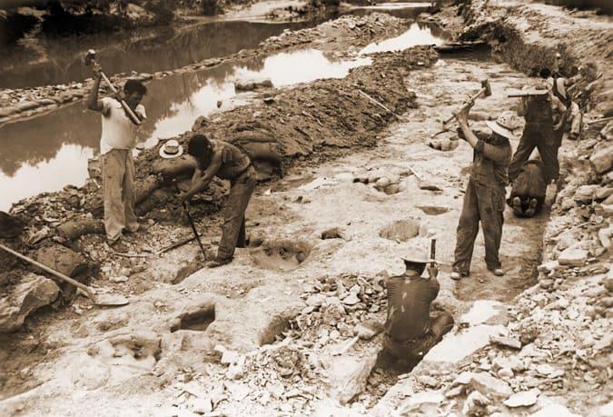 The Paluxy Prints and Trail  |Paluxy Evidence