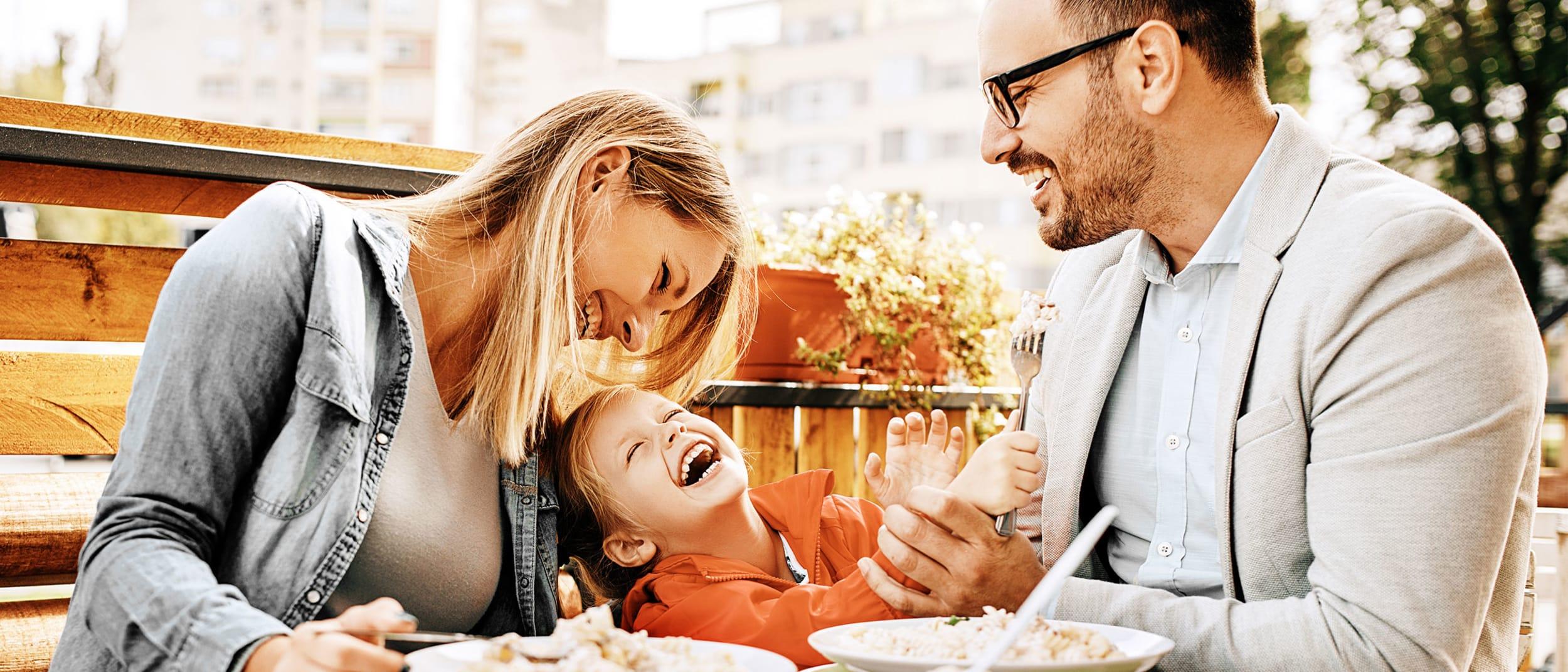 Barcella: kids eat free