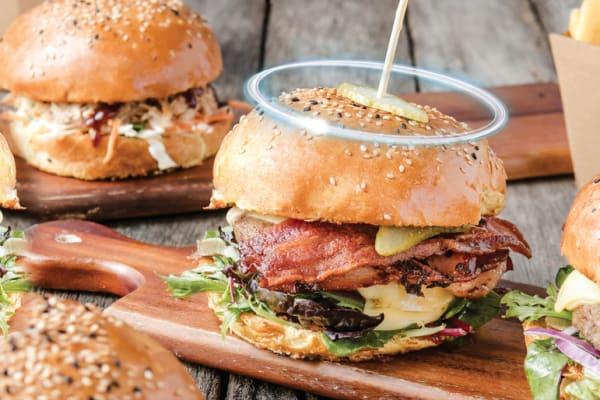 Shingle Inn: heavenly burgers