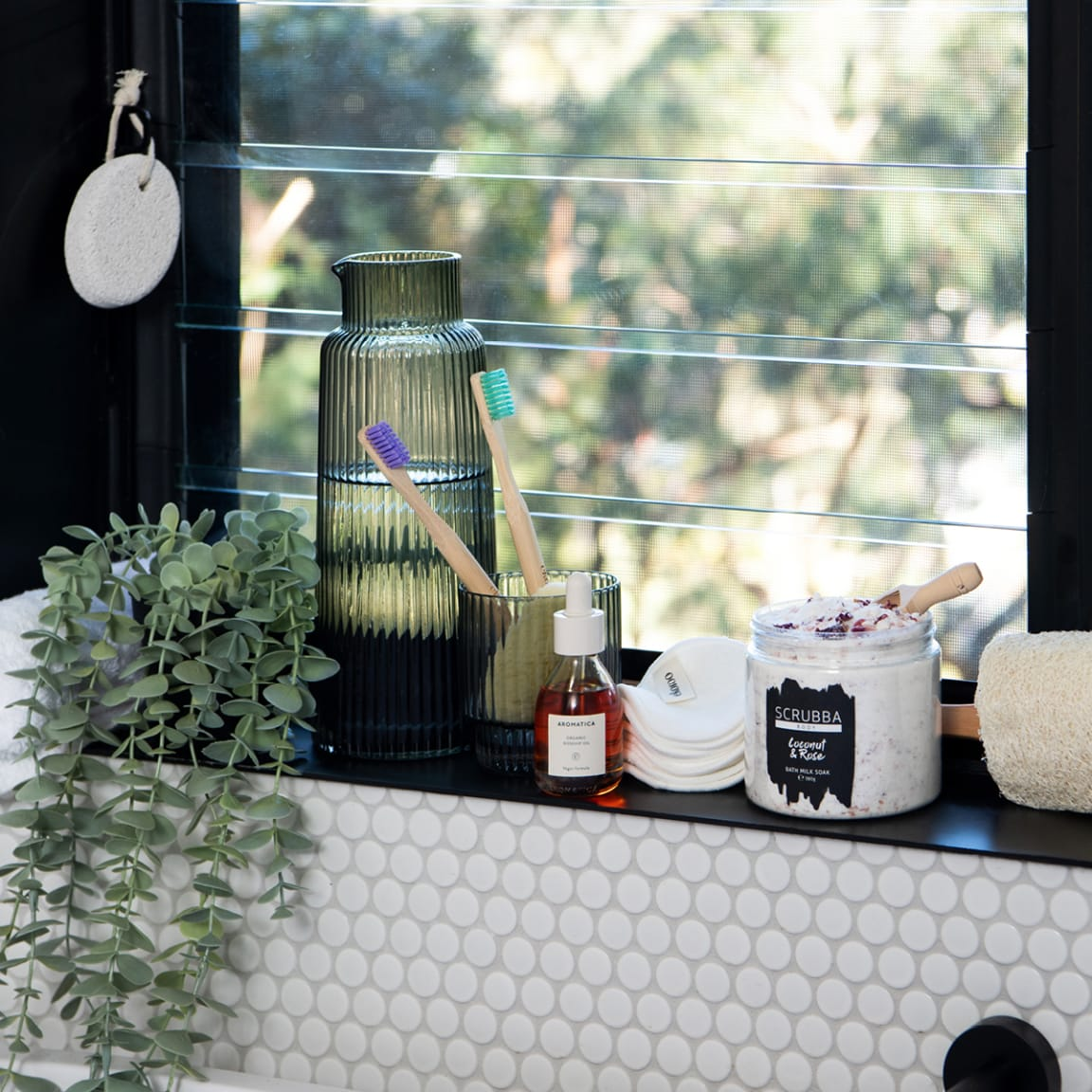 7 accessories that will add instant style to your bathroom