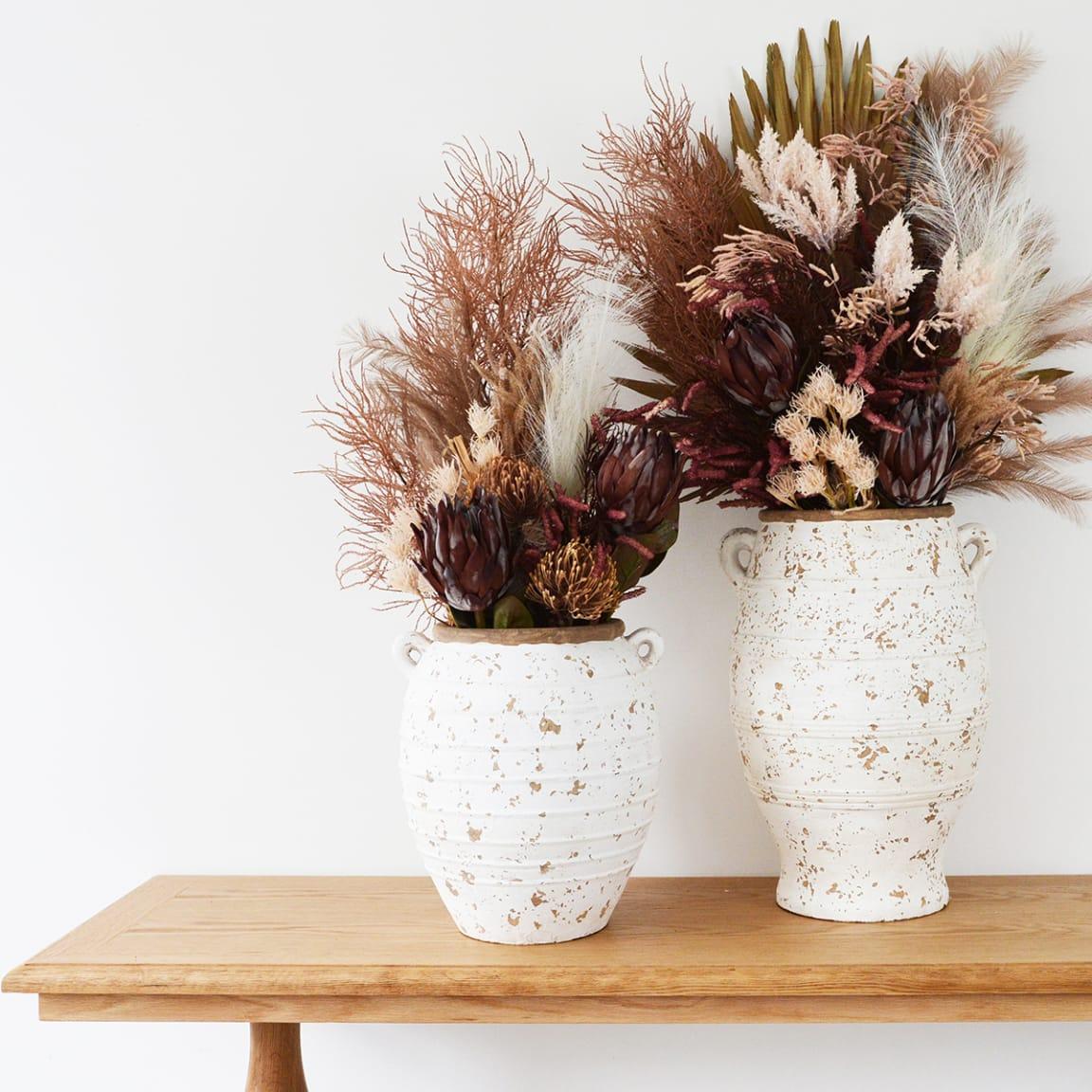 Habitania: Bouquets made to last