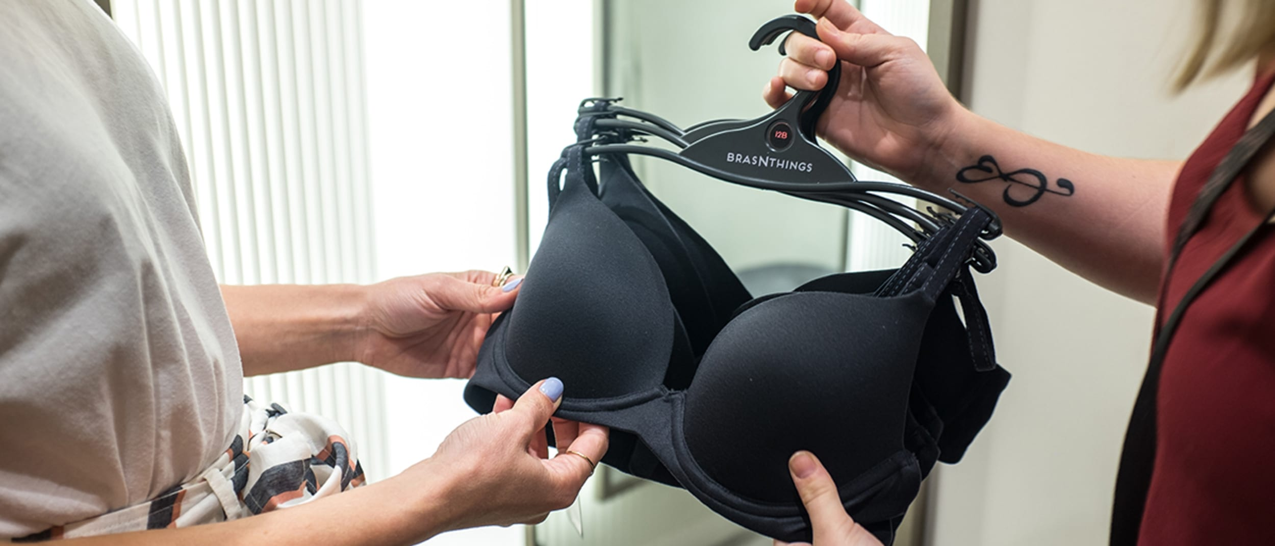 Bras n Things: what happens in a bra fitting?