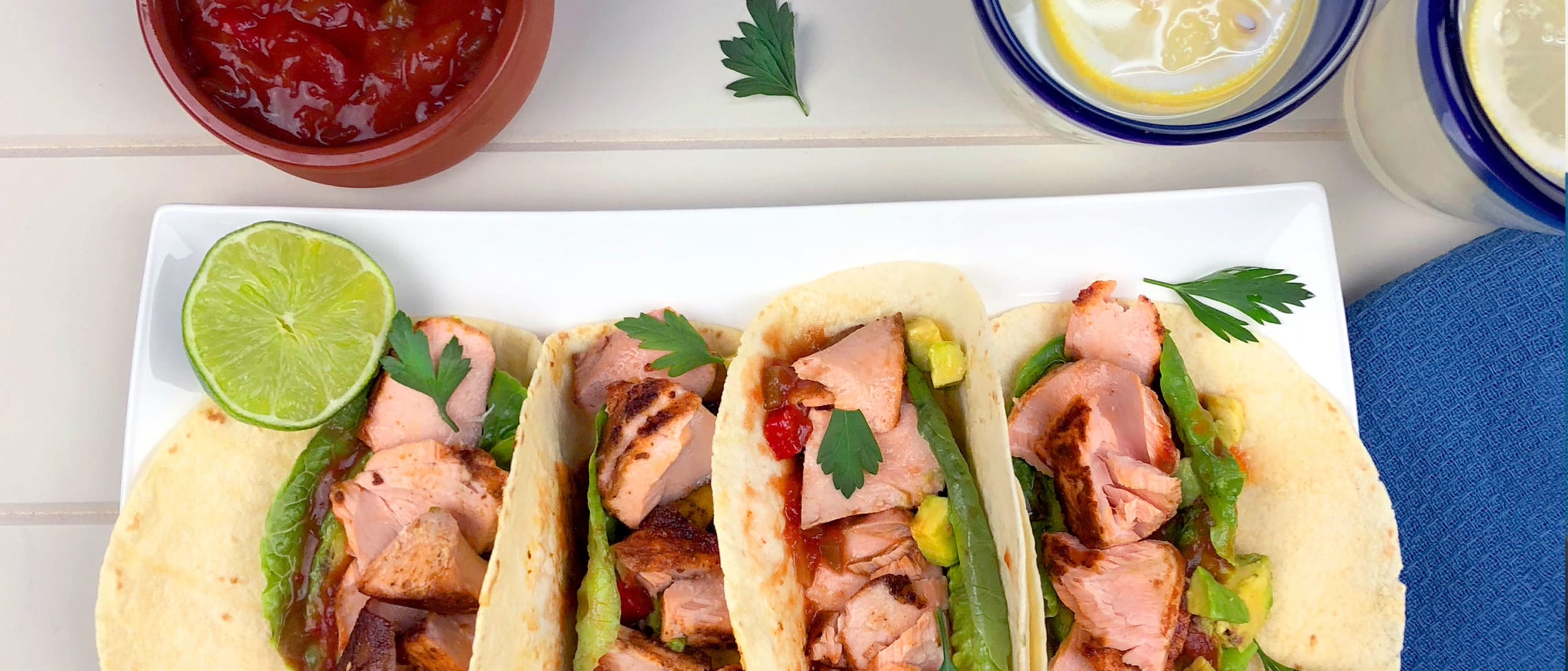 Superfoods: salmon tacos