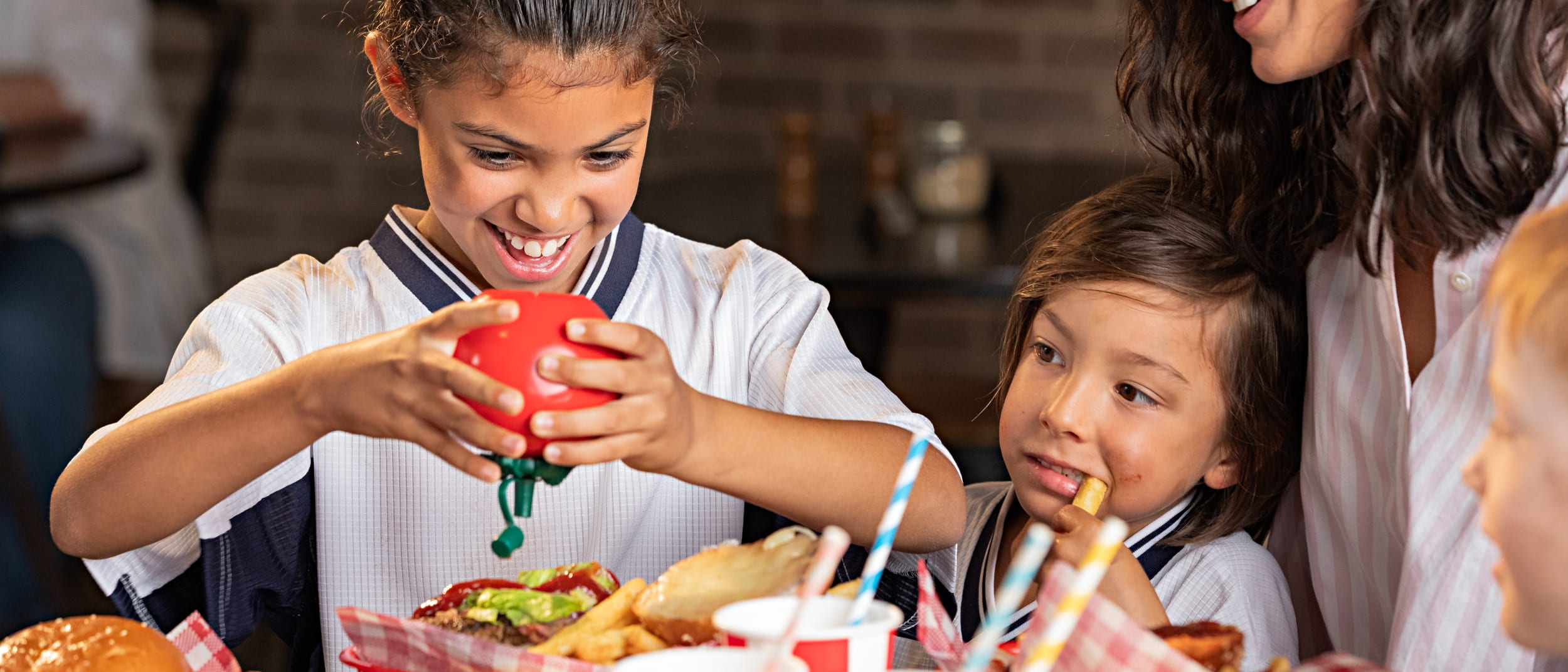 Budget tips and where to eat with kids