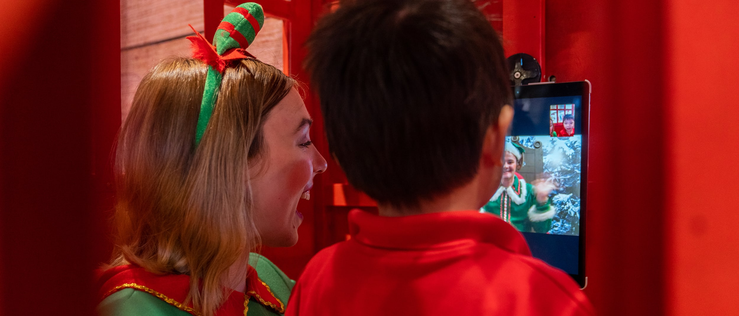 Christmas phone booth: chat to an elf