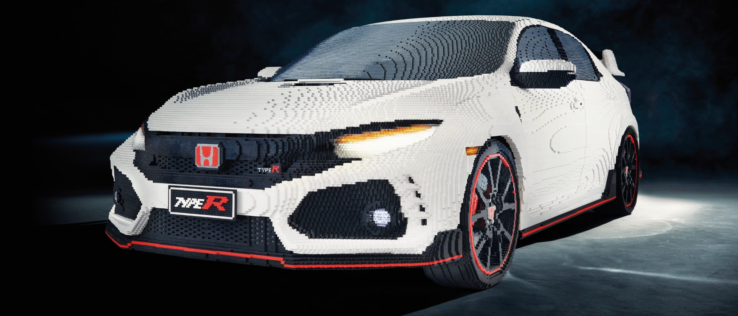 Honda has teamed up with LEGO® to bring you this masterpiece