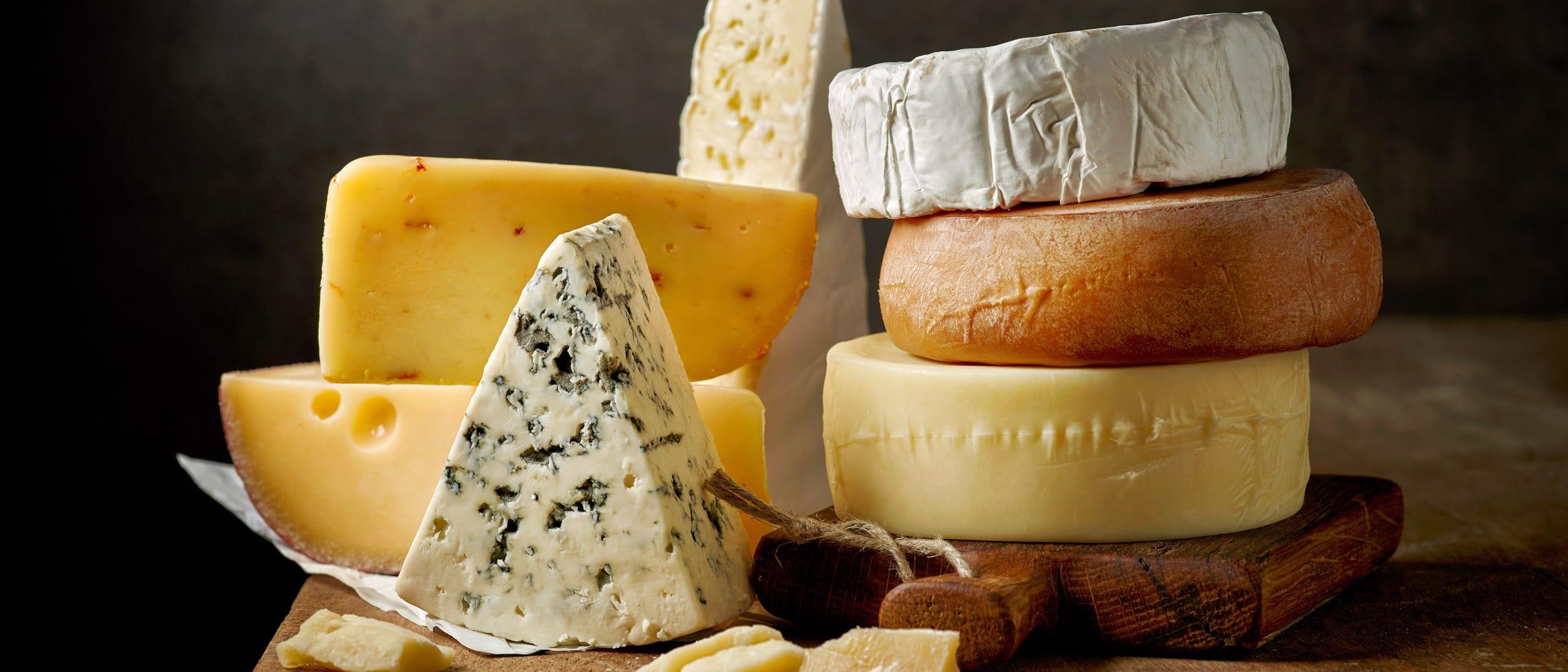 Deli Fresco: Cheese specials