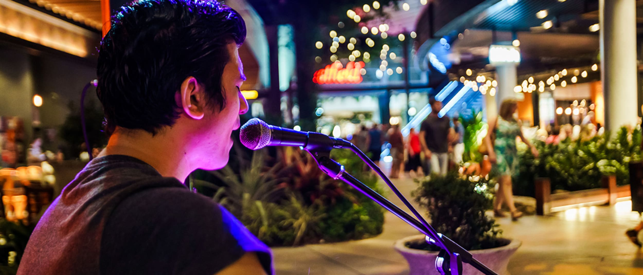 North Lakes Nights: Live music while you dine