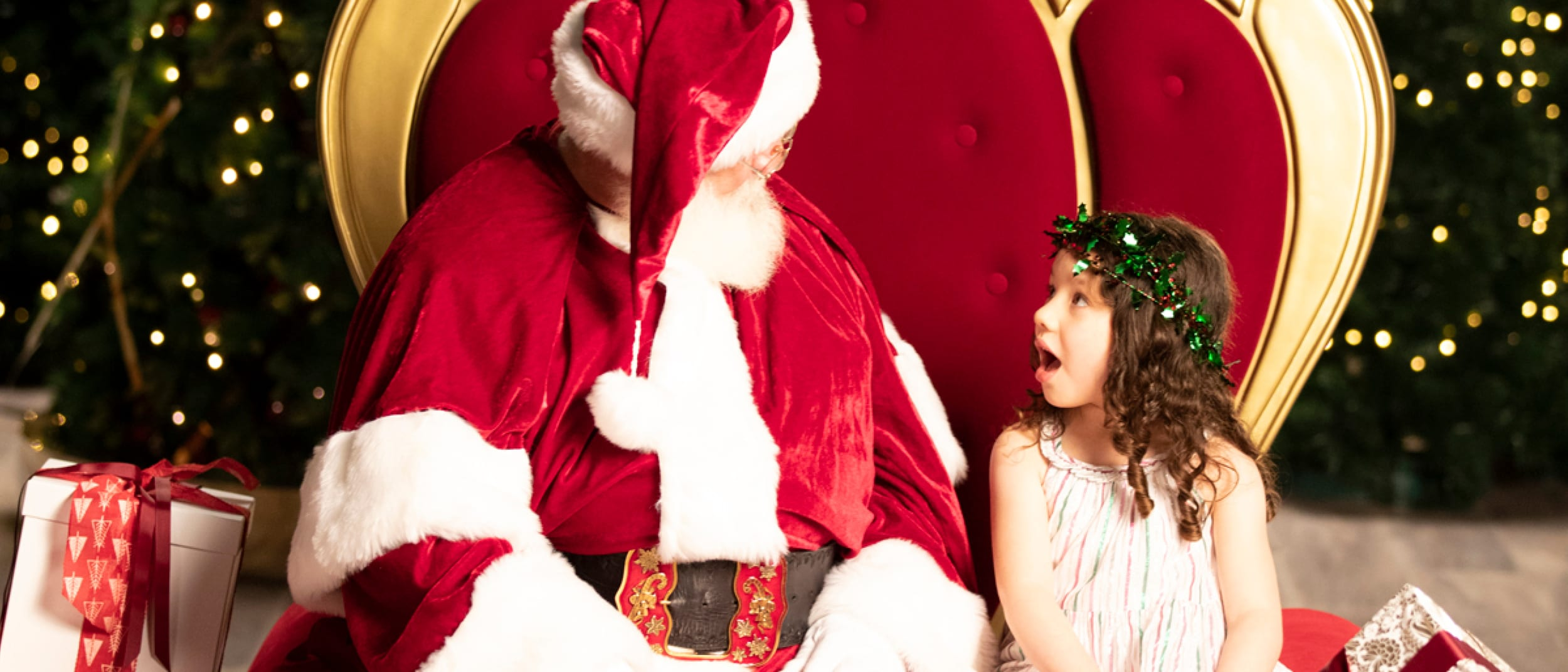 5 tips for dressing kids for Santa photos