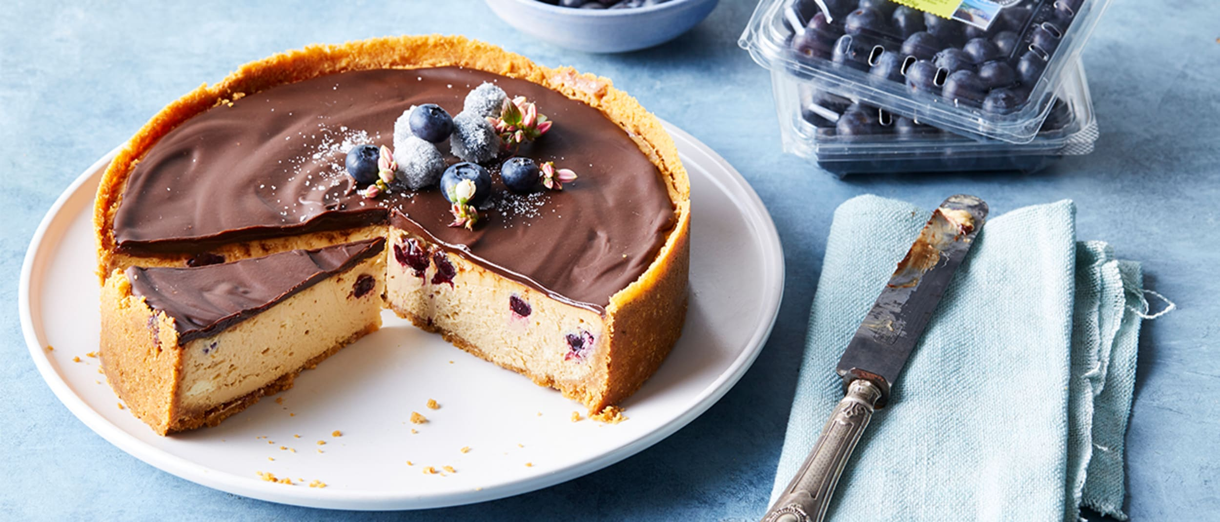Blueberry caramel cheesecake