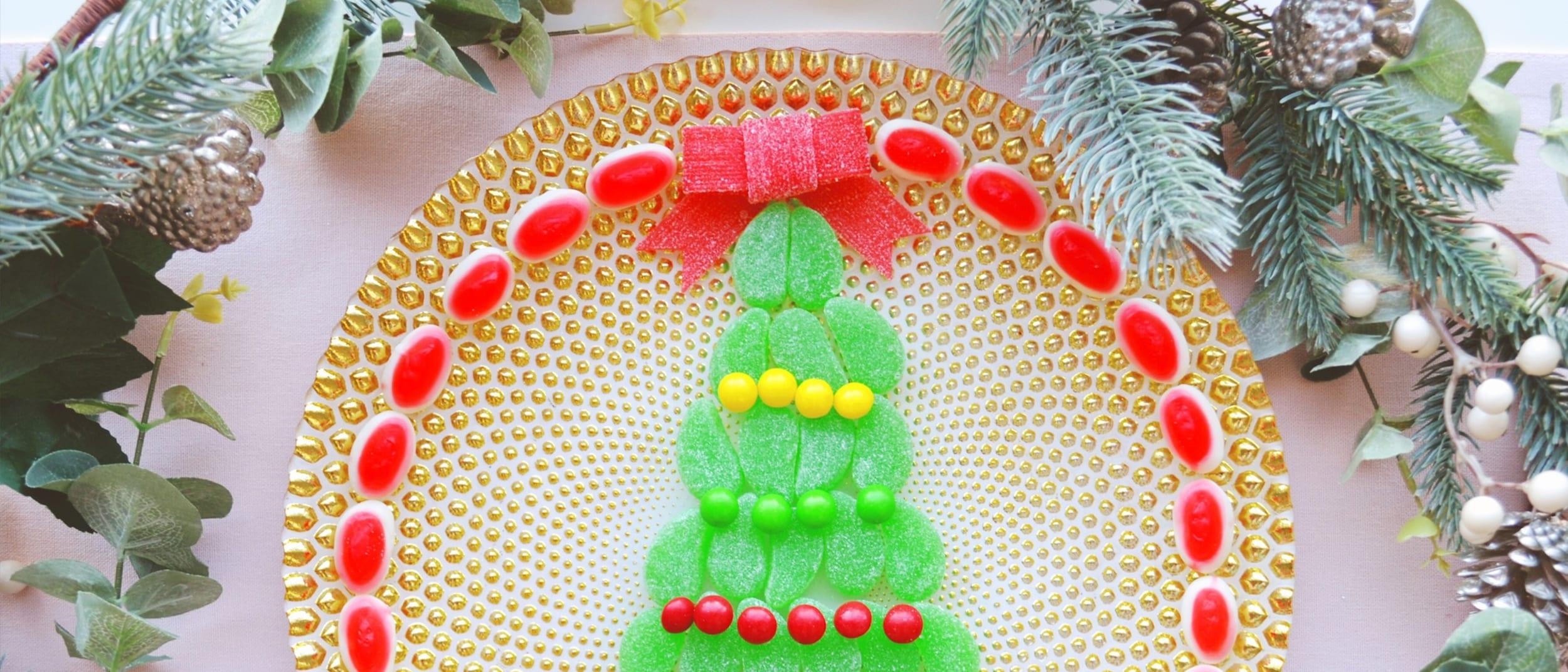 Kid-friendly Christmas tree lolly platter