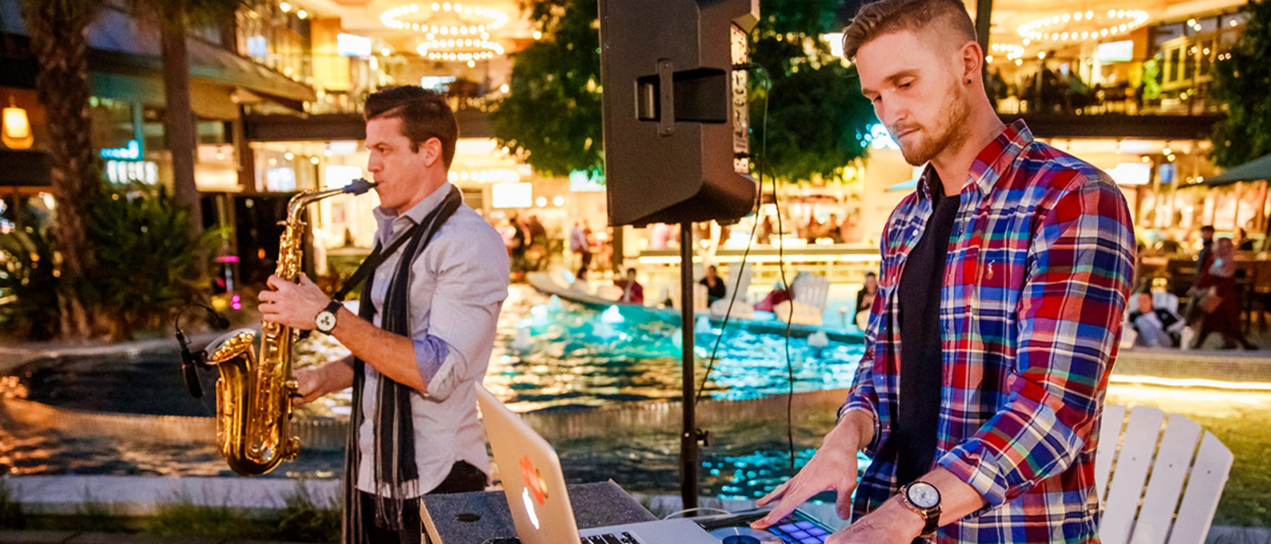 Weekly Town Square Live Entertainment