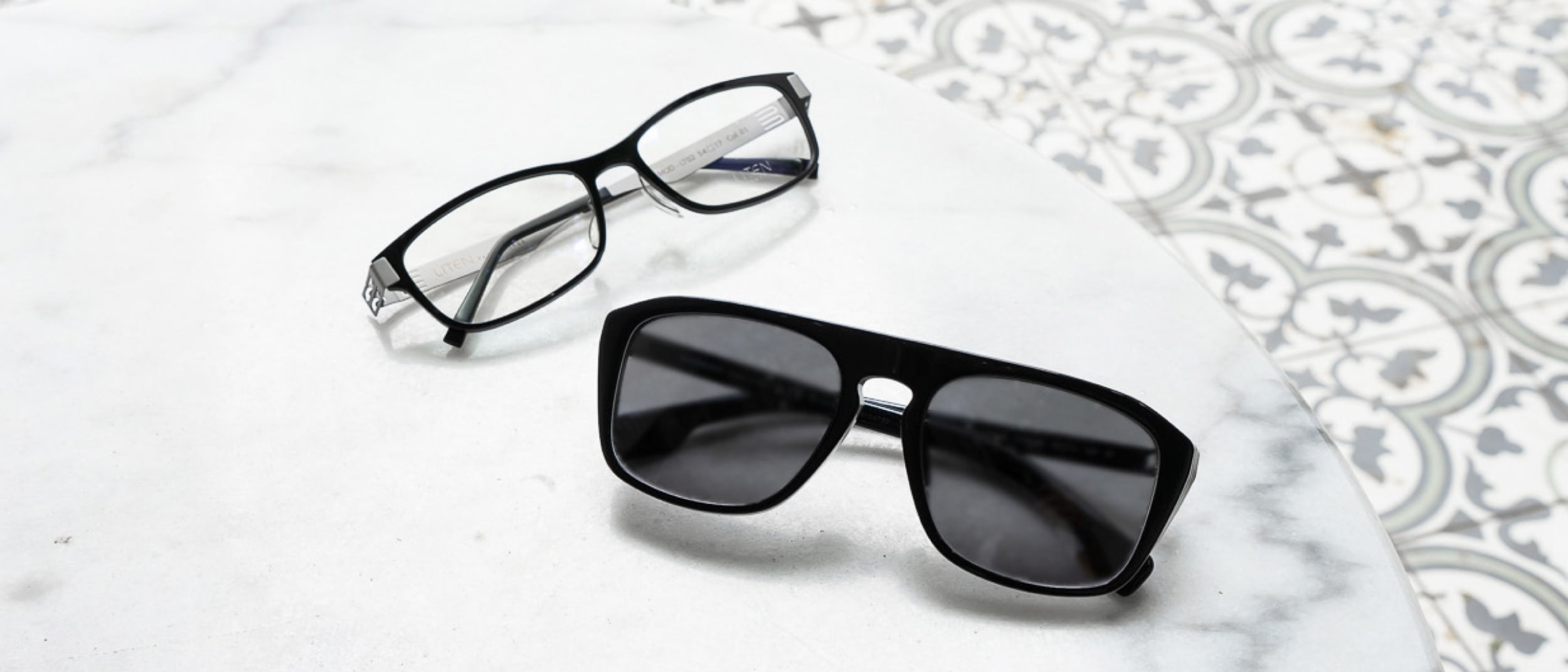 1001 Optical: 2 pairs no gap