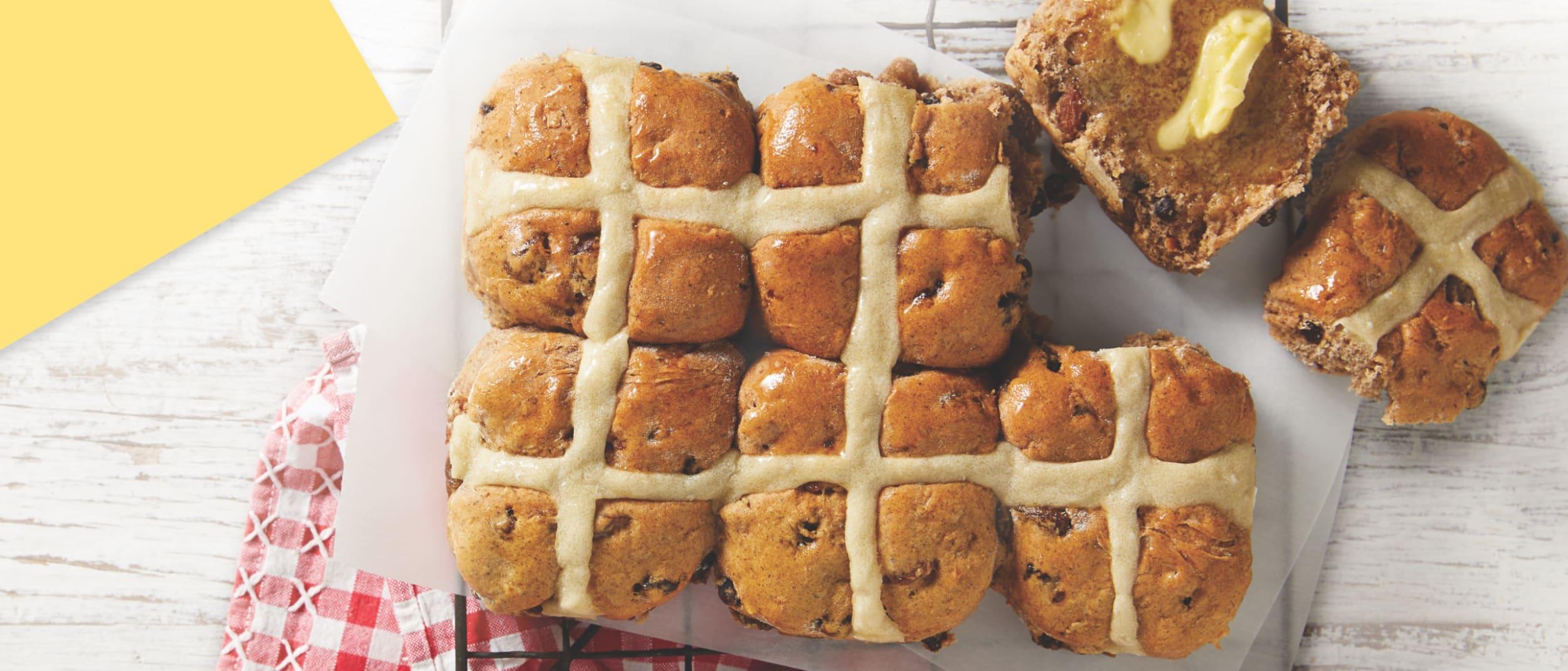 Muffin Break: Hot Cross Scones
