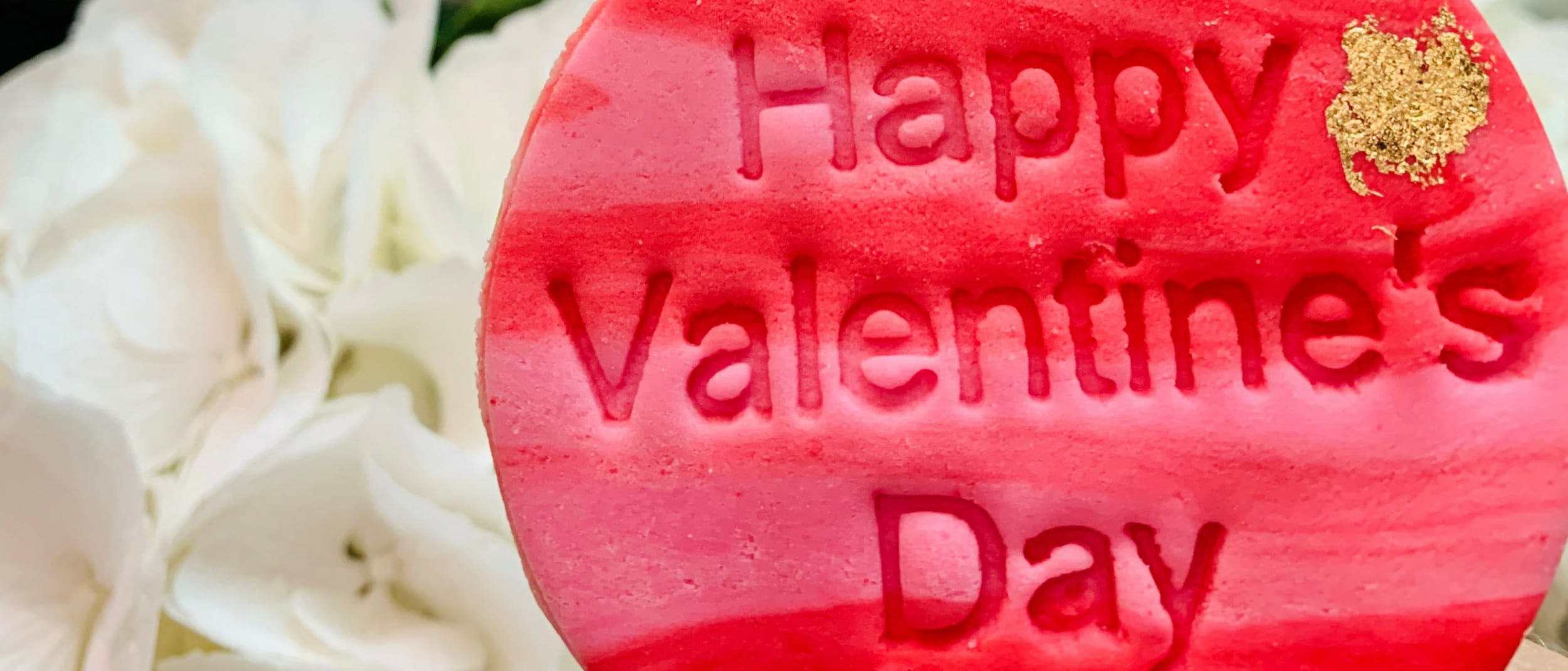 Valentine's Day: Receive a free love cookie