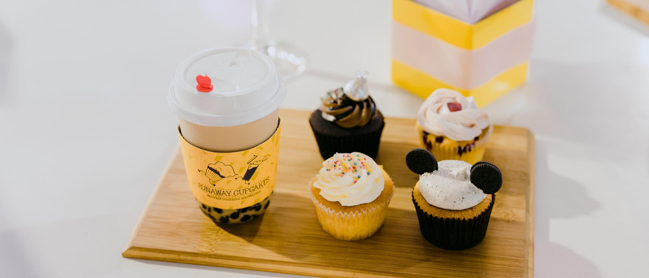 Runaway Cupcakes: free bubble tea