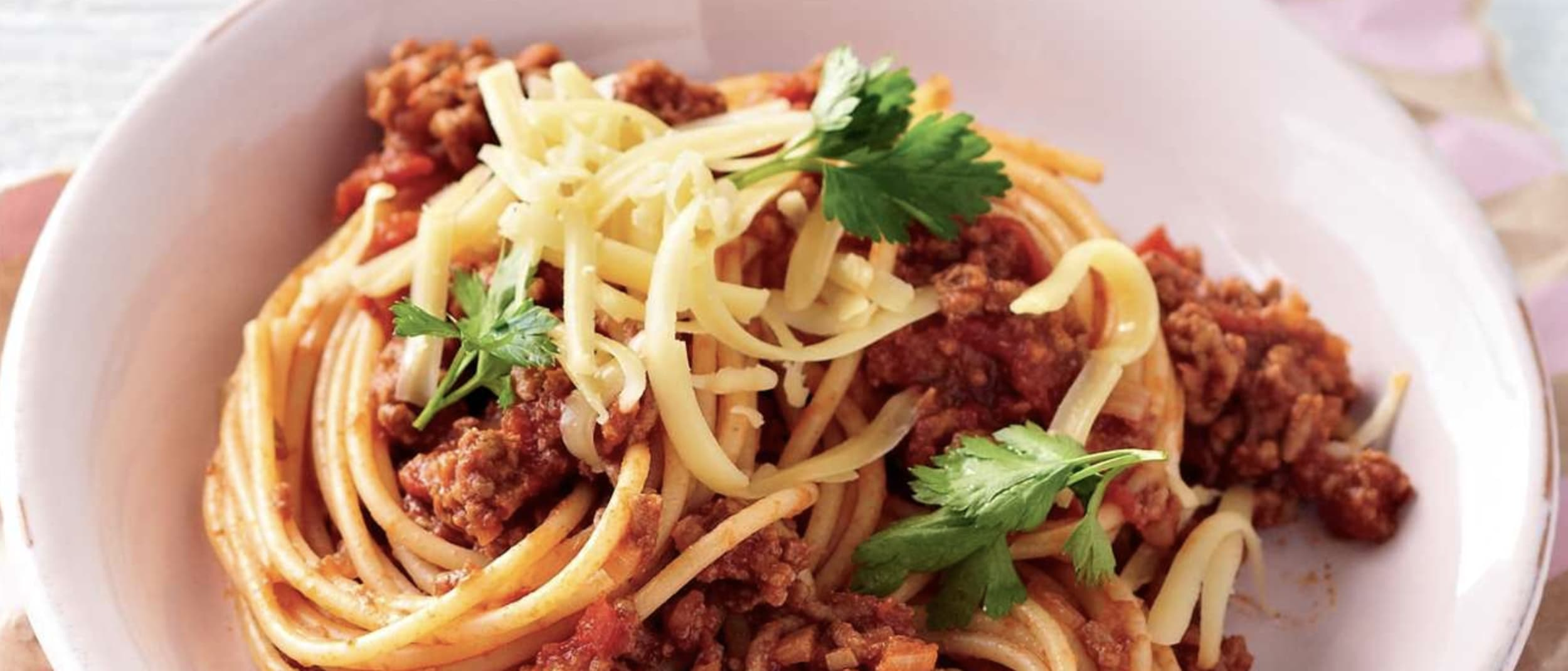 How to make the best classic spaghetti bolognese