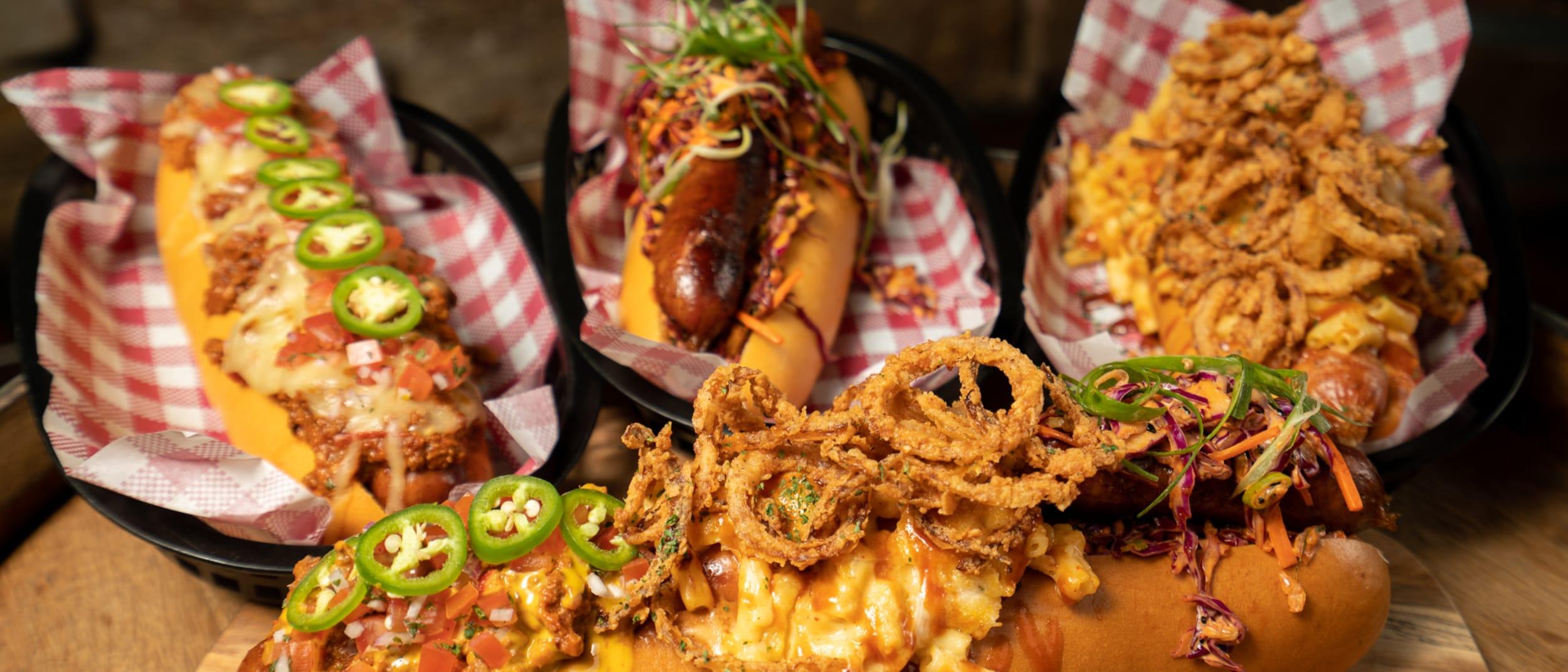The Bavarian | Mega loaded bratwurst