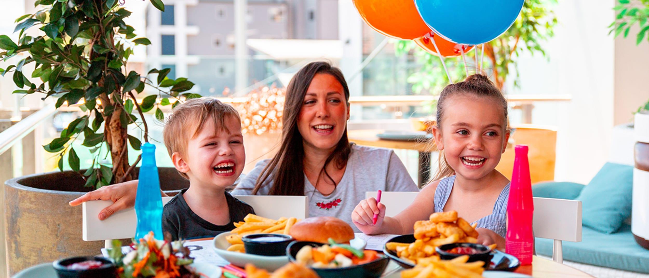 Kids Eat FREE at Rashays