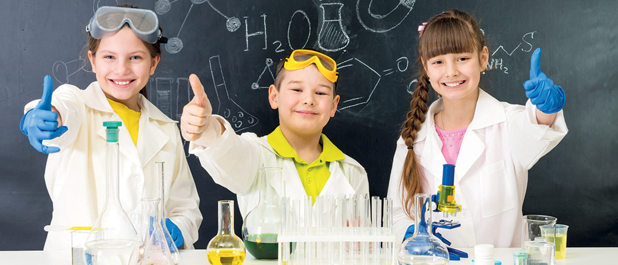 Kids science club at Pharmacy 777