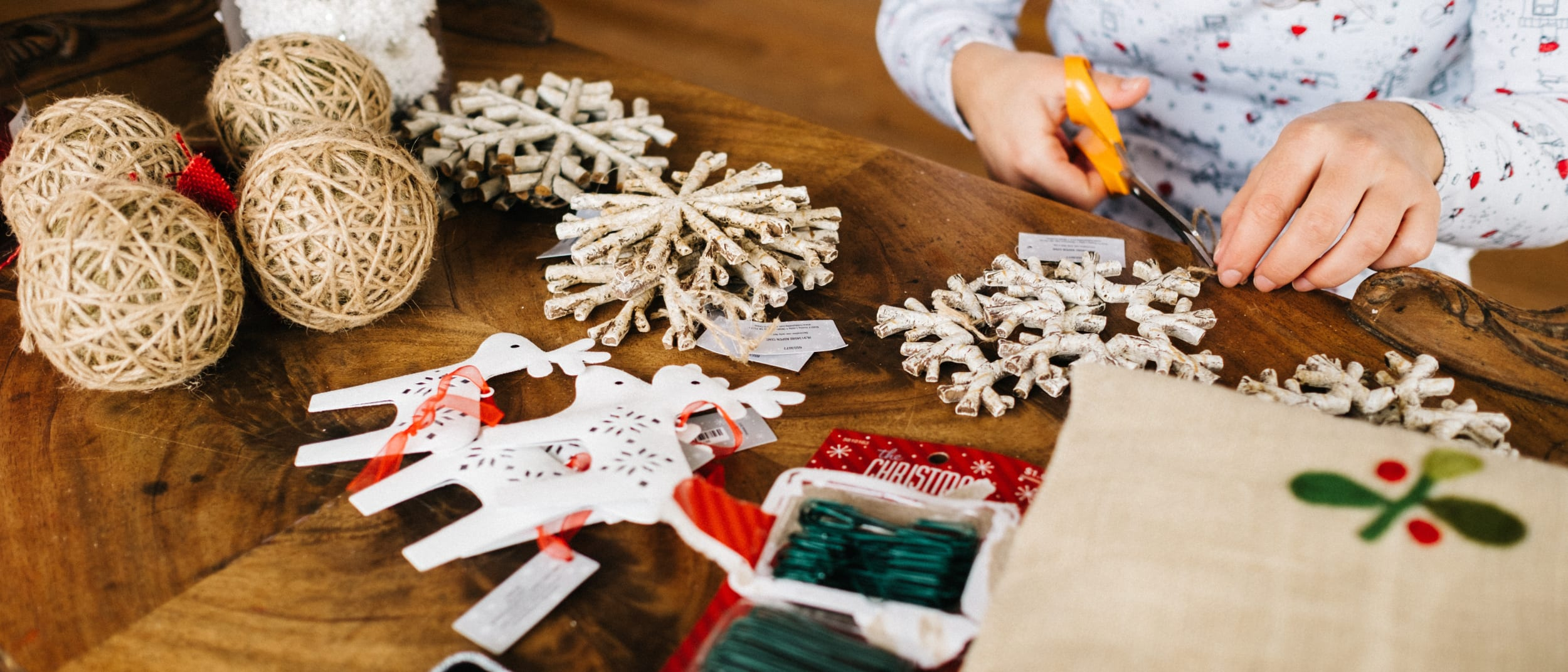 Little Elves Creation Station: Christmas Craft Workshop